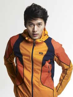 Bright lightweight jacket. Hyun Bin