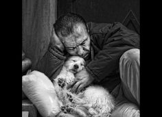 realistic drawings - We understand if you don't believe us, since we can hardly believe it ourselves. But the hyperrealistic images below are in fact drawings made by Scotlan. Love My Dog, Puppy Love, Mans Best Friend, Best Friends, Animals And Pets, Cute Animals, Tier Fotos, Realistic Drawings, Black And White Photography