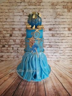 Inspired by Cindarella mouvie by Julieta ivanova Cinderella Birthday, Princess Birthday, Girl Birthday, Cinderella Cakes, Cinderella Wedding, Princess Theme, Princess Cakes, Princess Castle, Blue Birthday Cakes