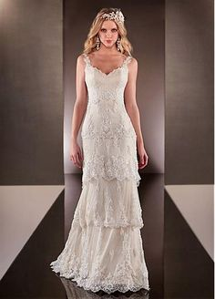 Elegant Polka Dot Tulle V-neck Neckline Natural Waistline Sheath Wedding Dress With Beaded Lace Appliques