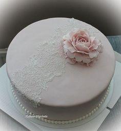 Nimiäisjuhlan kakku