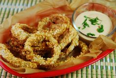 Baked Onion Rings with Creamy Chipotle Dipping Sauce – 5 Points   - LaaLoosh