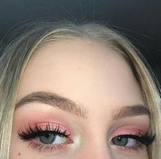 baddie aesthetic makeup 40 Fancy Makeup Tips Ideas To Look Cute Any Event Getting some general make up tips for different occasions is a great idea since you dont want to wear the Makeup Trends, Makeup Hacks, Makeup Inspo, Makeup Inspiration, Makeup Tips, Makeup Ideas, Makeup Products, Beauty Makeup, Beauty Products
