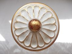 Fluted Urn tieback, distressed cream highlighted with gilt on red