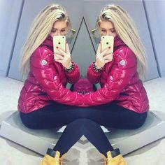 featuring @izzyburnham's beautiful new moncler #moncler #monclerfriends #puffer #puffa #pufferjacket #puffajacket #puffyjacket #downjacket #fashion #instafashion #fashionblogger #winter #winterfashion #ootd #timberland #timberlands #selfie #shoutout