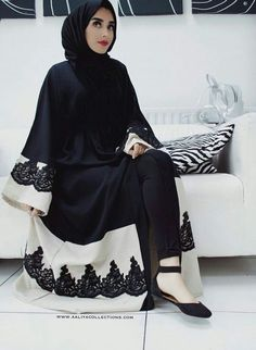 Hijab Fashion Selection of over 100 looks in trendy and chic Abaya Arab Fashion, Islamic Fashion, Muslim Fashion, Modest Fashion, Modest Outfits, Fashion Outfits, Modest Wear, Fashion Black, Muslim Dress