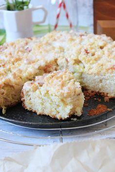 Ciasto na kefirze z rabarbarem i kruszonką | Tysia Gotuje blog kulinarny