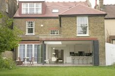 Suburban Family Home - Ealing Broadway, London contemporary-exterior