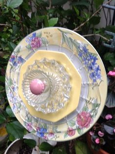 Love the pastels colors...one of my favorites.  Think I'll have to keep it!  MiMi's Plate Flowers