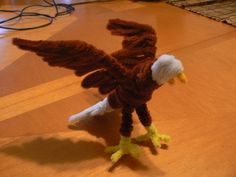 Bald Eagle - 50  Pipe Cleaner Animals for Kids, http://hative.com/pipe-cleaner-animals-for-kids/,