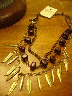 """Collar """" Armonia"""" con escalla de piedra violeta y detalles en dorado y bronce"""