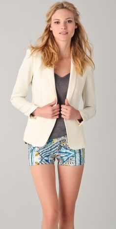 Simple and chic Rag & Bone blazer