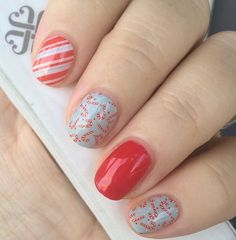 These beautiful nails are Jolly Lane with Candy Apple Gel! ❤ I LOVE CHRISTMAS #jamberrykfenn #jamlove #beautiful #amazing #candycanes #red #jollylanejn #candyapplejn #jamberry #jamicure #christmas #love