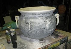 DAVE LOWE DESIGN the Blog: 82 Days 'til Halloween: Building a Better Cauldron - Part One