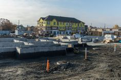Humber Mews Townhomes in Etobicoke now under construction via Buzz Buzz Homes Under Construction, Townhouse, Homes, Mansions, House Styles, Home Decor, Mansion Houses, Homemade Home Decor, Houses