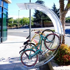 Awesome Bike Rack by Bike Arc - Bicycle parking rack - Wikipedia, the free encyclopedia Rack Velo, Bicycle Rack, Urban Bike, Bike Parking Rack, Bike Shelter, Bike Shed, Bicycle Maintenance, Bike Storage, Outdoor Storage