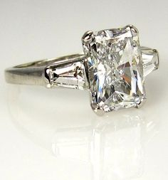 3.09ct Estate RADIANT Cut Diamond Engagement Ring EGL USA in Platinum with Baguettes
