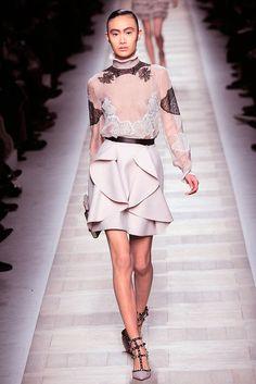 Valentino Fall 2010 Ready-to-Wear Fashion Show - Shu Pei Qin