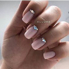 Short Squoval Nails With Rhinestones art designs with rhinestones 36 Amazing Prom Nails Designs - Queen's TOP 2020 Red Nail Designs, Short Nail Designs, Acrylic Nail Designs, Acrylic Nails, Classy Nail Designs, Rhinestone Nails, Bling Nails, Red Nails, Hair And Nails