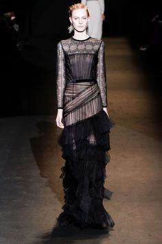 Alberta Ferretti Fall 2013 Ready-to-Wear Collection Slideshow on Style.com