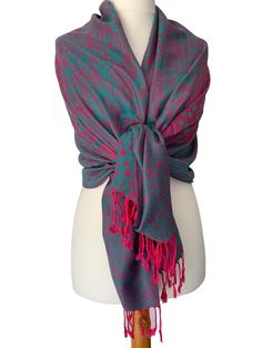 Large floral and spotty patterned pashmina wrap / oversized scarf with tassel trim to the ends Excellent quality fabric it drapes and falls Pashmina Wrap, Prom Accessories, Fashion Accessories, Prom Outfits, Oversized Scarf, Free Uk, Stylish Dresses, Teal Blue