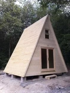 Tiny Cabins, Tiny House Cabin, Tiny House Design, Cabin Homes, A Frame Cabin, A Frame House, Cabins In The Woods, House In The Woods, Cabin Plans