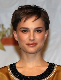 Natalie Portman's Hairstyle History | Daily Makeover