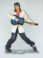 Rock & Roll singer life size/levensgrootwith guitar Elvis Presley met gitaar en swingend beeld