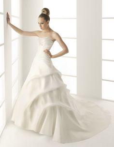 A-Line Scoop Neckline Strapless with Ruffles and Empire Waist Lace up Taffeta Wedding Dress