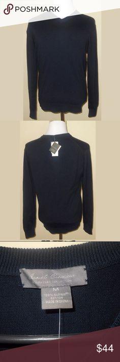 New Daniel Cremieux Navy Blue V-Neck Sweater New Daniel Cremieux Navy Blue V-Neck Sweater. 100% Supima Cotton. Men's size medium. Very nice! Daniel Cremieux Sweaters V-Neck
