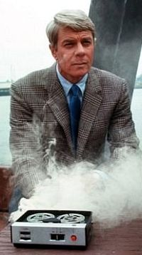 """""""And as always, should you or any of your IMF be caught or killed, the Secretary will disavow any knowledge of your actions. This tape will self-destruct in five seconds."""" — Peter Graves as 'Jim Phelps' (Season in Mission Impossible (CBS, Mission Impossible Tv, Tv Sendungen, Peter Graves, Tv Vintage, Musica Disco, Old Shows, My Childhood Memories, Classic Tv, Best Tv"""