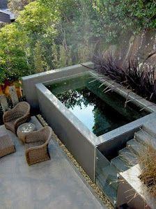 ¿Tienes poco espacio en el patio? Te mostramos algunas imágenes para inspirarnos y ver cómo podemos poner la piscina.