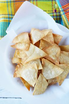 Homemade Tortilla Chips from Corn Tortillas in 5 minutes, easy homemade Mexican in minutes! Homemade Chips, Homemade Tortillas, Corn Tortillas, Homade Tortilla Chips, Vegan Recipes Easy, Mexican Food Recipes, How To Make Chips, White Corn Meal, Battered Fish Tacos