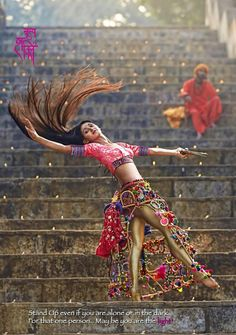 Belly Dancing Classes Fresno Ca Indian Photoshoot, Saree Photoshoot, Bridal Photoshoot, Belly Dancing Classes, Indian Classical Dance, Dance Poses, Girl Photography Poses, Dance Art, India Beauty