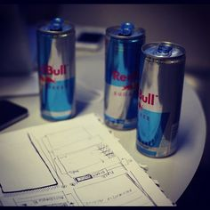 MT @tholex: I've been coding for 8 hours since this photo was taken. #hackathon #redbull #reinventgreen