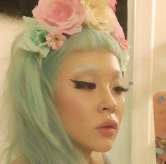 Interrobangbang - mint hair with rainbow pastel flowers http://instagram.com/interrobangbang