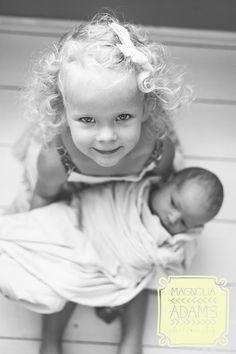 Big Sister   Sibling and Newborn Photography   Magnolia Adams Photography