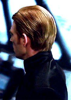 General Hux - Domnall Gleeson. Haircut appreciation.