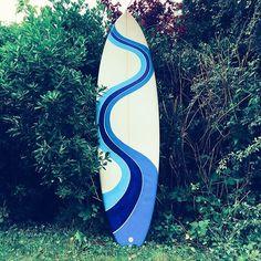Natasha Creaton (@fillingblankspaces_) • Instagram photos and videos Surfboard Art, Wave Art, Sea Art, Surfing, Waves, Photo And Video, Detail, Illustration, Instagram Posts