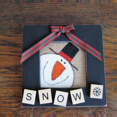 Snowman painted burlap wood picture frame with wood letters by RandomActsCraftiness on Etsy Burlap Christmas, Primitive Christmas, Diy Christmas Ornaments, Christmas Projects, Holiday Crafts, Merry Chistmas, Primitive Snowmen, Primitive Crafts, Country Christmas