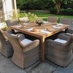 Do you love to design your backyard, as much as I do? We are pretty sure, your answer is a big YES :-)  Here is a guide related with backyard design. Small Patio Furniture, Patio Furniture Cushions, Outdoor Furniture Sets, Outdoor Decor, Wicker Furniture, Furniture Layout, Furniture Design, Outdoor Dining, Industrial Furniture