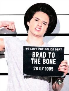 Discovered by vamps. Find images and videos about brad simpson and thevamps on We Heart It - the app to get lost in what you love. Bradley Will Simpson, Brad Simpson, Meet The Vamps, Evan And Connor, Vamps Band, Bradley The Vamps, Bae, Playing Guitar, Man Crush