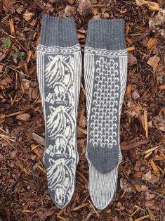 Knitting Projects, Knitting Patterns, Norwegian Knitting, Horse Pattern, Thick Yarn, Cool Socks, Knit Or Crochet, Yarn Needle, Knitting Socks