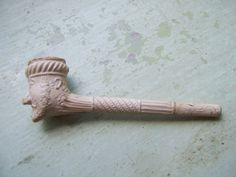 A Charming Antique Victorian Clay Pipe Highly Decorative  Detailed With Figurative Head.