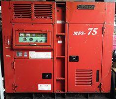 Máy nén khí trục vít Denyo 75 kW, máy trục vít ngâm dầu, làm mát bằng gió, sử dụng cho công trường, hoặc các công việc ngoài trời