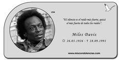Miles Davis - Trompetista y Compositor Estadounidense de Jazz.