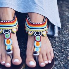 Turkana Tie-backs - Leather Sandals - One of a Kind - Ancient African sandals with leather and beadwork