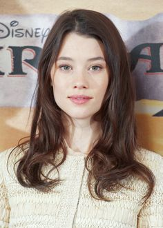 Love her hair - Astrid Berges Frisbey