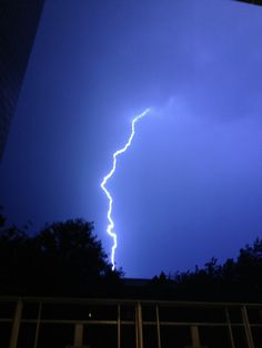 Huge lightning bolt from #DCstorm that killed 2, left 1.5 million without power, June 29, 2012. @aterkel