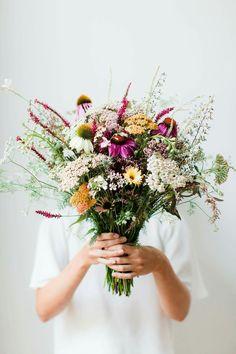 Bouquet of wild flowers My Flower, Fresh Flowers, Wild Flowers, Beautiful Flowers, Spring Flowers, Unique Flowers, Flower Girls, Flowers In Bloom, Beautiful Bouquets